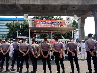 Massa PA 212 Demo di Mabes Polri, Minta Polisi Tangkap Sukmawati