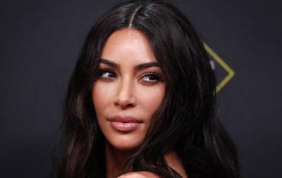 Kim Kardashian Geram Fotonya Dipakai untuk Iklan Vampire Facial Tanpa Izin