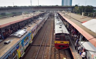 Bagaimana Kondisi Terbaru Tunanetra yang Terperosok di Peron Stasiun?