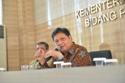 Menko Airlangga: Perbaiki Defisit Neraca Dagang Tak Bisa Instan