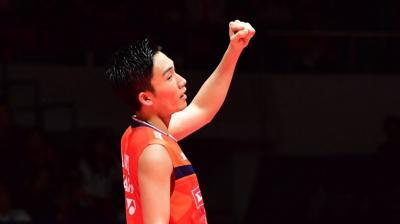 Bangganya Kento Momota Raih Gelar Juara BWF World Tour Finals 2019