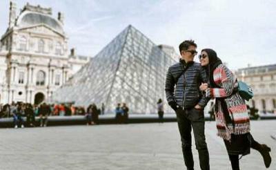 Rumah Tangga Harmonis, Intip Rukunnya Zaskia Sungkar dan Suami