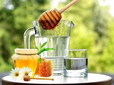 Minum Air Madu Hangat Ampuh Cairkan Dahak Sembuhkan Batuk