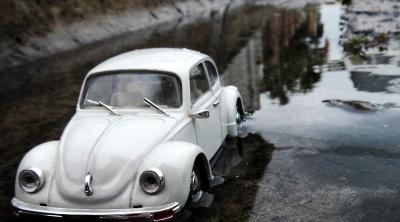 3 Solusi Saat Mobil Terlanjur Mengalami Aquaplaning