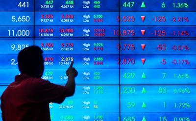 Asing Catatkan Aksi Jual Bersih Rp297 Miliar di Bursa Efek