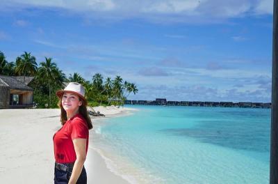 Maia Estianty Dapat Kejutan Ulang Tahun di Panggung Indonesian Idol