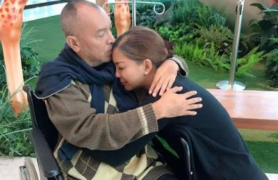 Ekki Soekarno Sadar, Intip Mesranya Soraya Haque dengan Suami di RS