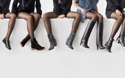 Intip Koleksi Sepatu Musim Gugur Melenggang di London Fashion Week 2020
