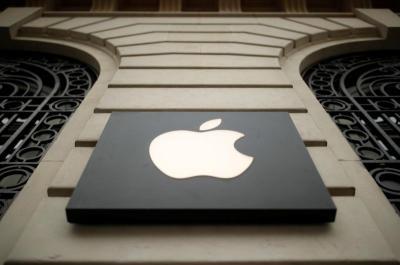 Warren Buffett Jual Saham Apple hingga Rp109 Triliun