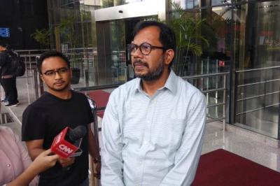 Haris Azhar Ditantang Datang Lagi ke KPK Laporkan Persembunyian Nurhadi