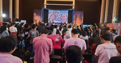 Juri Indonesian Idol Mengheningkan Cipta untuk Bunga Citra Lestari