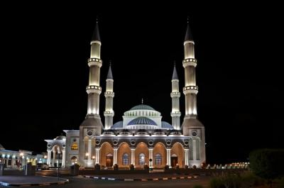 Traveling ke Dubai, Jangan Lupa Mampir ke Masjid Cantik Ini
