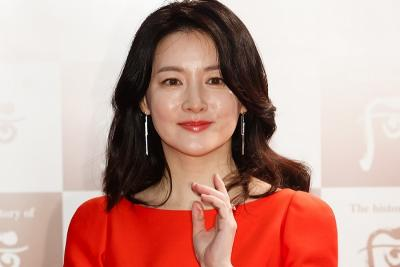 Pesan Lee Young Ae untuk China di Tengah Wabah Korona