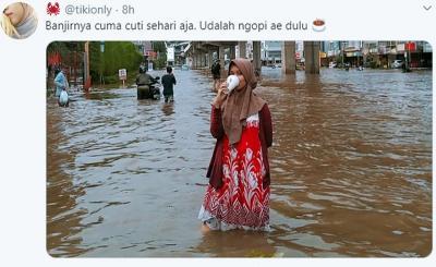 4 Meme Banjir Jakarta, Hiburan ala Netizen Ajaib