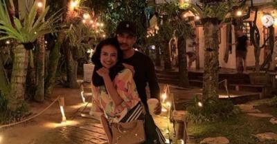 Suami Ulang Tahun, Vanessa Angel Beri Kue Unik dari Kumpulan Uang Rp50 Ribu