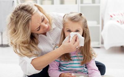 Warna Dahak Hijau Kekuningan saat Batuk, Anak Terinfeksi Bakteri?