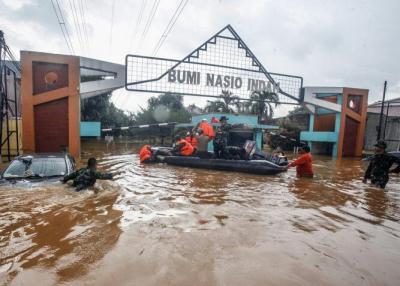 Wagub Jabar Sebut Banjir di Bekasi Disebabkan Proyek Strategis Nasional