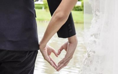 Lika-liku Perjalanan Pernikahan dari Setahun hingga 20 Tahun
