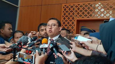 Meski Terlambat, Fadli Zon Apresiasi Pemerintah Terkait Penetapan Status Karantina Wilayah!