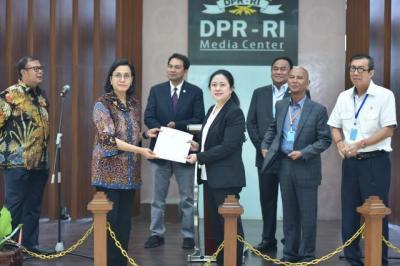 Pemerintah Serahkan Perppu Penerapan Keuangan Negara ke DPR