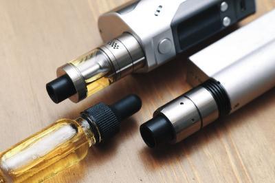 COVID-19 Ancam Vaper, FDA Didesak Larang Rokok Elektronik