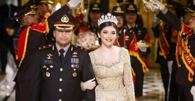 Polisi yang Gelar Pernikahan di Tengah Corona Ternyata Mantan Pacar Angel Lelga