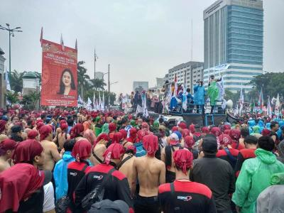 Tolak Omnibus Law Ciptaker, Serikat Buruh Ancam Demo DPR di Tengah Corona