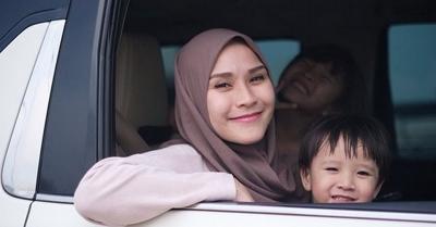 11 Tahun Menikah, Zaskia Adya Mecca Ungkap Rasa bersyukur