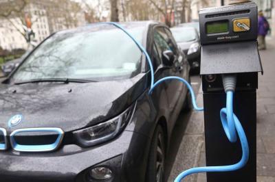 Kendaraan Listrik Dominasi Pertumbuhan Pasar di Eropa