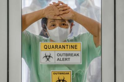 Berdamai dengan Virus Corona, Lansia dan Orang Penyakitan Jangan Coba-Coba