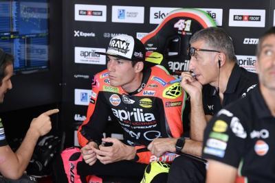 Aleix Espargaro Incar Podium MotoGP Bersama Aprilia