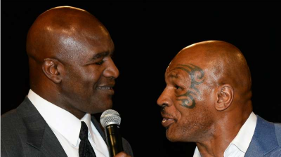Jika Diminta Mike Tyson, Holyfield Siap Jalani Duel Ulang