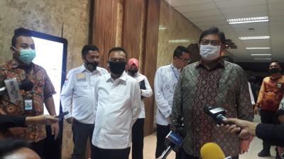 Sambangi Kantor Menko Airlangga, Satgas Covid-19 DPR Tanya soal New Normal