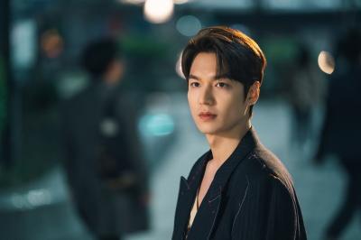 Jung Il Woo Kirim Coffee Truck ke Lokasi Syuting Lee Min Ho