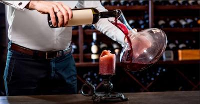 Bukan Cuma Barang Mewah, Penjarah dalam Aksi George Floyd Curi Anggur Mahal