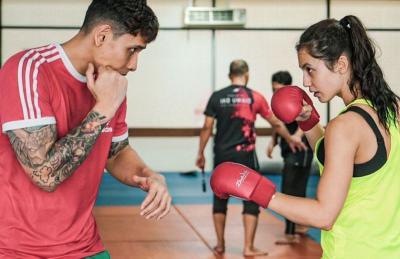 Cantiknya Pevita Pearce Fokus Latihan Boxing, Apa Sih Manfaatnya?