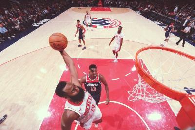 Kehebatan James Harden Disamakan dengan Michael Jordan