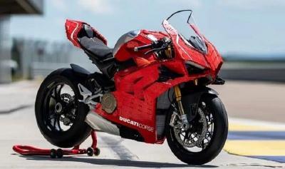 Motor Ducati Panigale V4R Terbuat dari Lego, Ada Mesinnya!