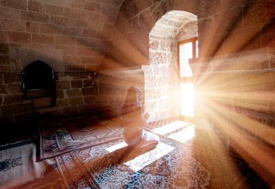 Ini Doa Malaikat untuk Manusia yang Menjenguk Orang Sakit