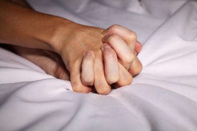 Baru Menikah, Jangan Lupa Baca Doa Ini di Malam Pertama