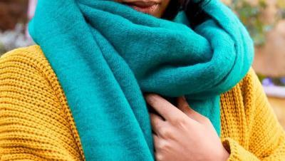 Cara Mencuci Syal agar Warnanya Tak Cepat Pudar