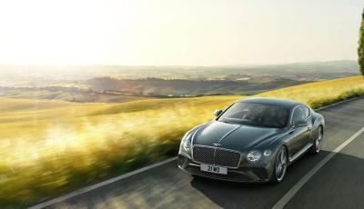 Mobil Bentley Continental GT Dicuri, Pintu Kaca Showroom Ditabrak