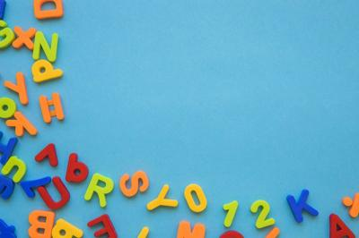 24 Jam Bersama Anak di Rumah, Coba 3 Permainan Huruf yang Seru