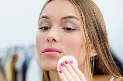 Beautypedia: Cleansing Wipes si Pembersih Lengkap Serba Guna