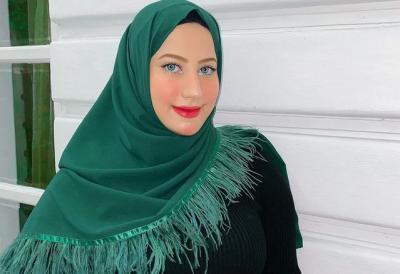 4 Inspirasi Gaya Hijab Glamour ala Kembaran Tasya Farasya, Tasyi Athasyia