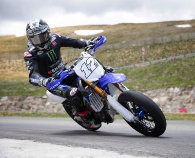 Demi Jadi Pembalap Terbaik Yamaha, Vinales Bakal Berusaha Asapi Marquez