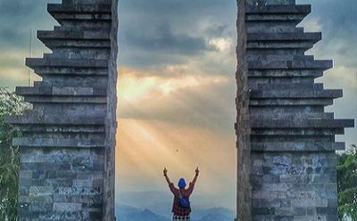 Menikmati Keindahan Alam dari Candi Ceto, Salah Satu Candi Tertinggi di Indonesia
