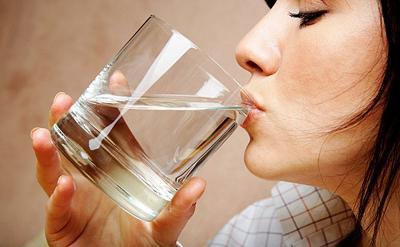 6 Adab Minum Sesuai Sunah Nabi