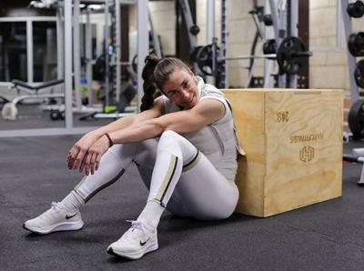 Mengenal Ivana Spanovic, Atlet Cantik Serbia yang Pegang Banyak Rekor