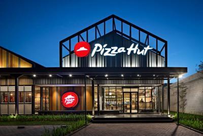 Pizza Hut di AS Bangkrut, Beda dengan Indonesia